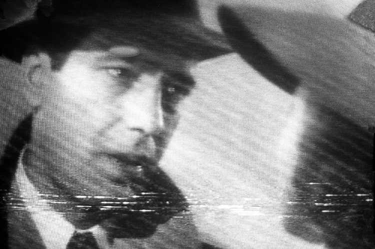 »Humphrey Bogart als Richard (Rick) Blaine«, aus dem Portfolio »Abschied in Casablanca«, Foto © Friedhelm Denkeler 1989