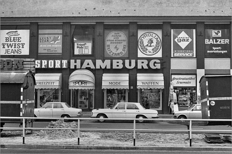 »Sport Hamburg«, aus dem Portfolio »Im Wedding«, Foto © Friedhelm Denkeler 1977