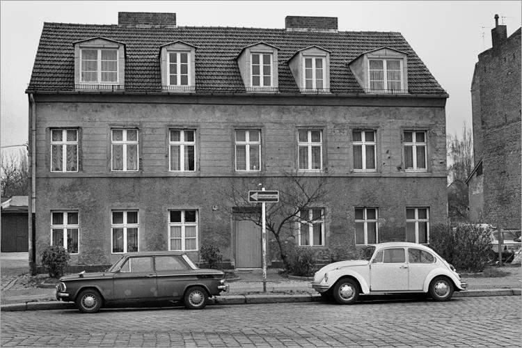 »Einbahnstraße«, aus dem Portfolio »Im Wedding«, Foto © Friedhelm Denkeler 1978