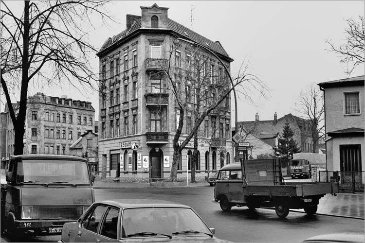 »Schutheiss-Eck«, aus dem Portfolio »Im Wedding«, Foto © Friedhelm Denkeler 1977