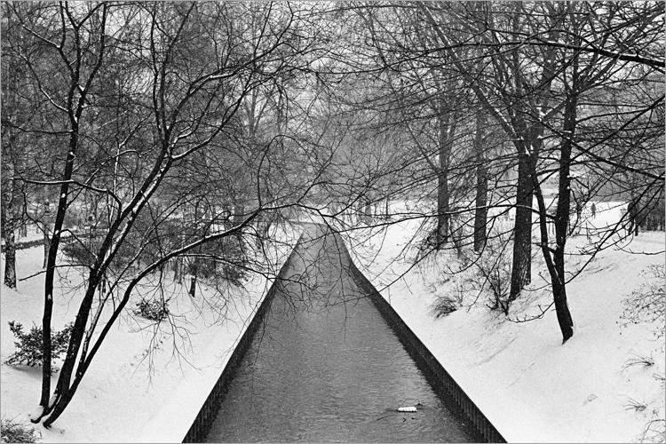 »Die Panke im Winter«, aus dem Portfolio »Im Wedding«, Foto © Friedhelm Denkeler 1978