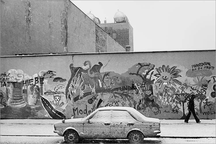»Graffitti im Wedding«, aus dem Portfolio »Im Wedding«, Foto © Friedhelm Denkeler 1978