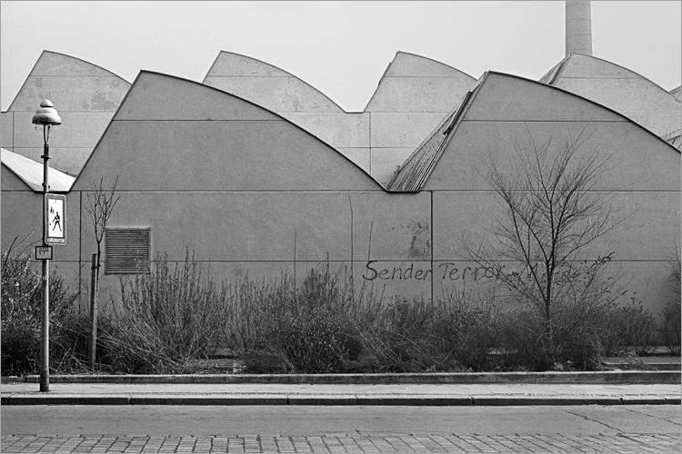 »Sender-Terror«, aus dem Portfolio »Im Wedding«, Foto © Friedhelm Denkeler 1978