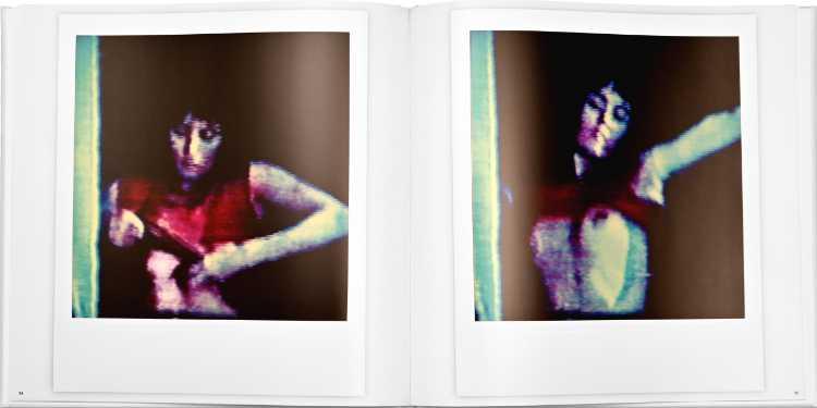 Künstlerbuch »Lady In Red – Drei Televisonen«, 52 Seiten mit 40 Photographien, Hardcover, 30x30 cm, 2018