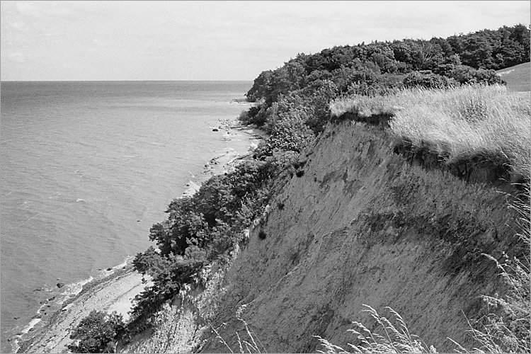 »Die Steilküste von Møns Klint«, aus dem Portfolio »Møns Klint«, Foto © Friedhelm Denkeler 1983