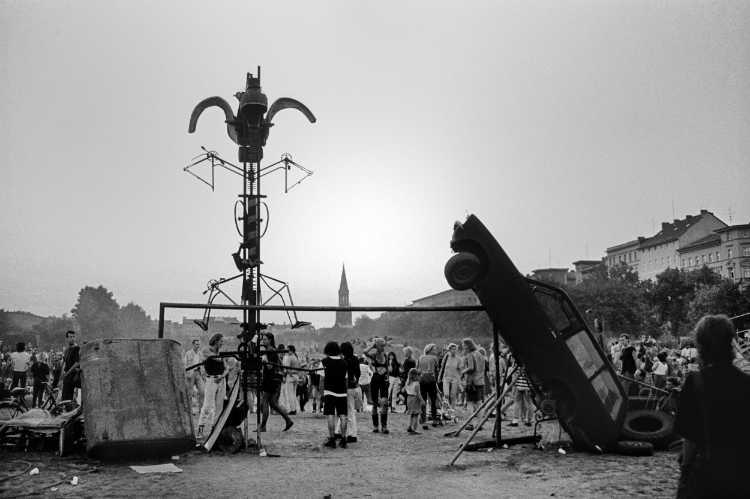 »Ein wilder Tag in Kreuzberg: 5 Der Abend«, Foto © Friedhelm Denkeler 1989