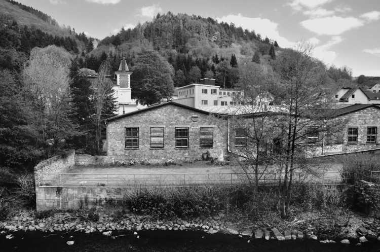 »Sackgasse mit Tischler-Werkstatt«, aus dem Portfolio »Köbbinghauser Hammer«, 2014, Foto © Friedhelm Denkeler 2008