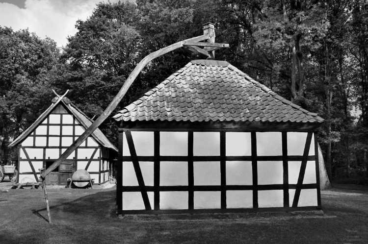 »Roßmühle Rahden«, Mühle Nr. 23 (Roßmühle), Im Museumshof, 32369 Rahden-Kleinendorf, Foto © Friedhelm Denkeler 2012